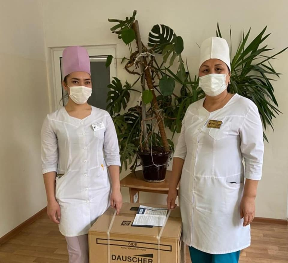 Полнолицевые маски «Бриз-4301М» доставлены медицинским работникам городской инфекционной больницы города Шымкент